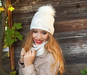 VIPhair.cz - SET! Dámská čepice s šálou prošívané stříbrnou nití ... 547b140faf
